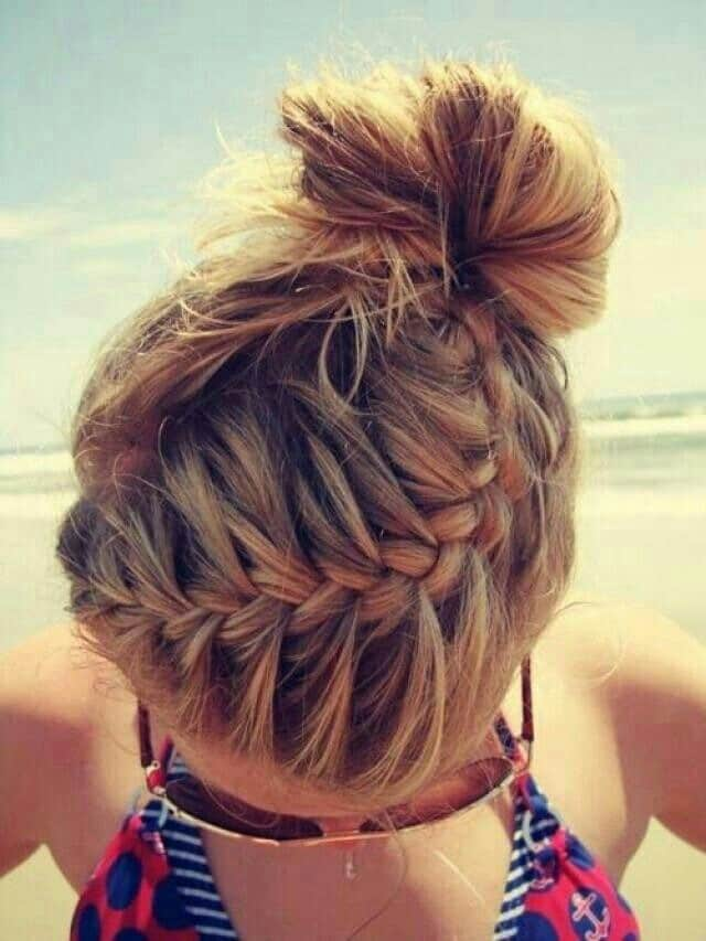 Chlorine? Sun Damage? Check out 7 easy tips that will leave you with healthy summer hair this year...